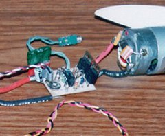 A typical (in 1997) high-rate analog speed control connected to a Graupner Speed 600 motor. Notice the fuse in the positive lead from the battery connectors.