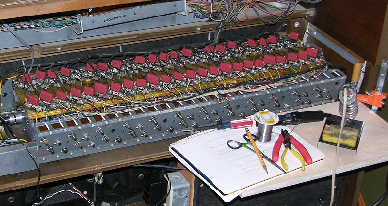Dumbbell 20Exercise 20Chart also How To Wire A Les Paul in addition Jupiter Vt Aluminium Foil Wax Paper Capacitors further Electrical Conductors Physics further 4u11k1. on tone capacitor chart