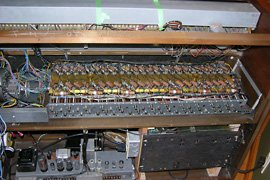 The tone generator exposed, ready for capacitor replacement.