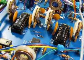 Two Reticon SAD-1024 analog bucket brigade delay chips.