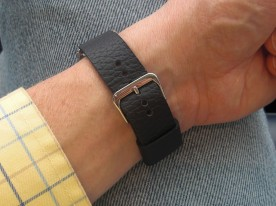 The single wide keeper is all that's needed for a strap of the right length.