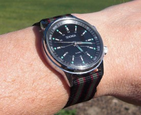 "Sekonda alarm on ""James Bond"" colours."