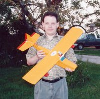This 3/4 scale Ace PuddleMaster copy flies well using a 6V Speed 400 motor, 7x1100AAU NiCd battery, and 5.5x4 propeller.