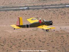 Fritz Wagoner flying his VP-1 over the desert.